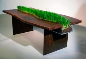 Стол со съемной зеленью