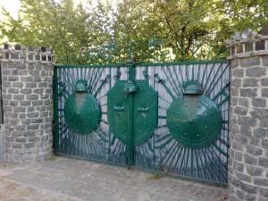 ворота в стиле готики