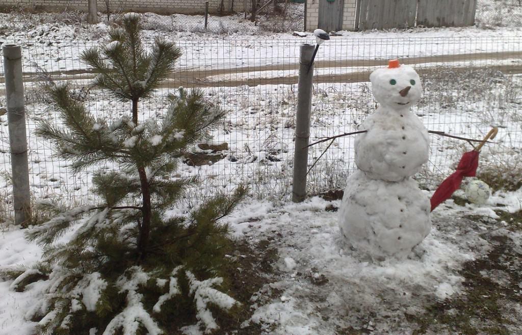 Скульптура снеговик от начинающего творца
